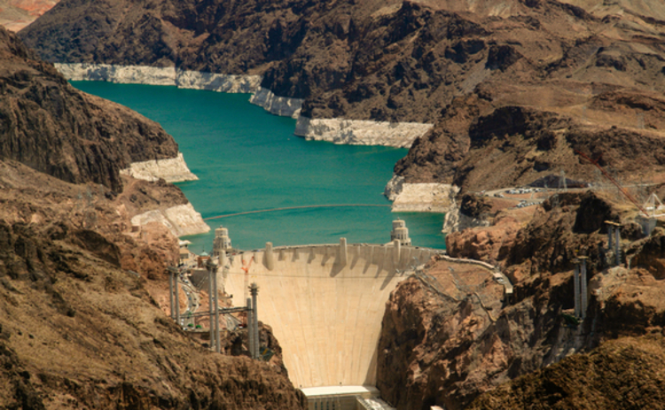 Hoover dam - hydroelectric power risk management