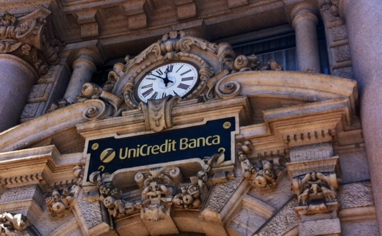 Unicredit hires senior fx options trader